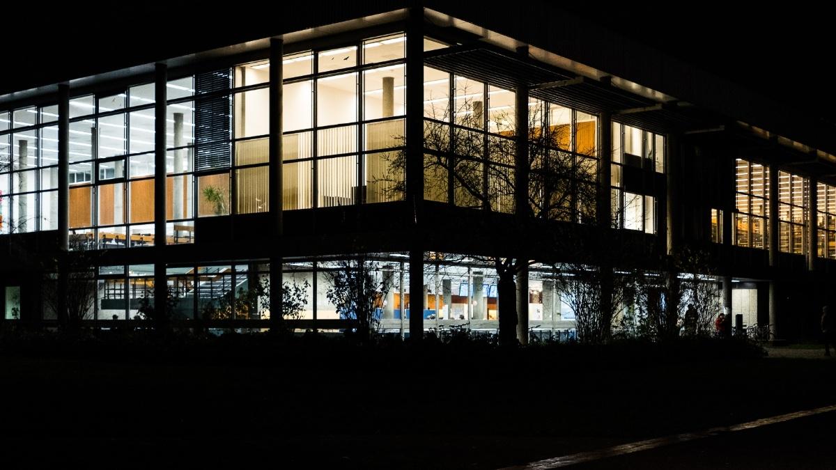 Universität Bibliothek Stuttgart
